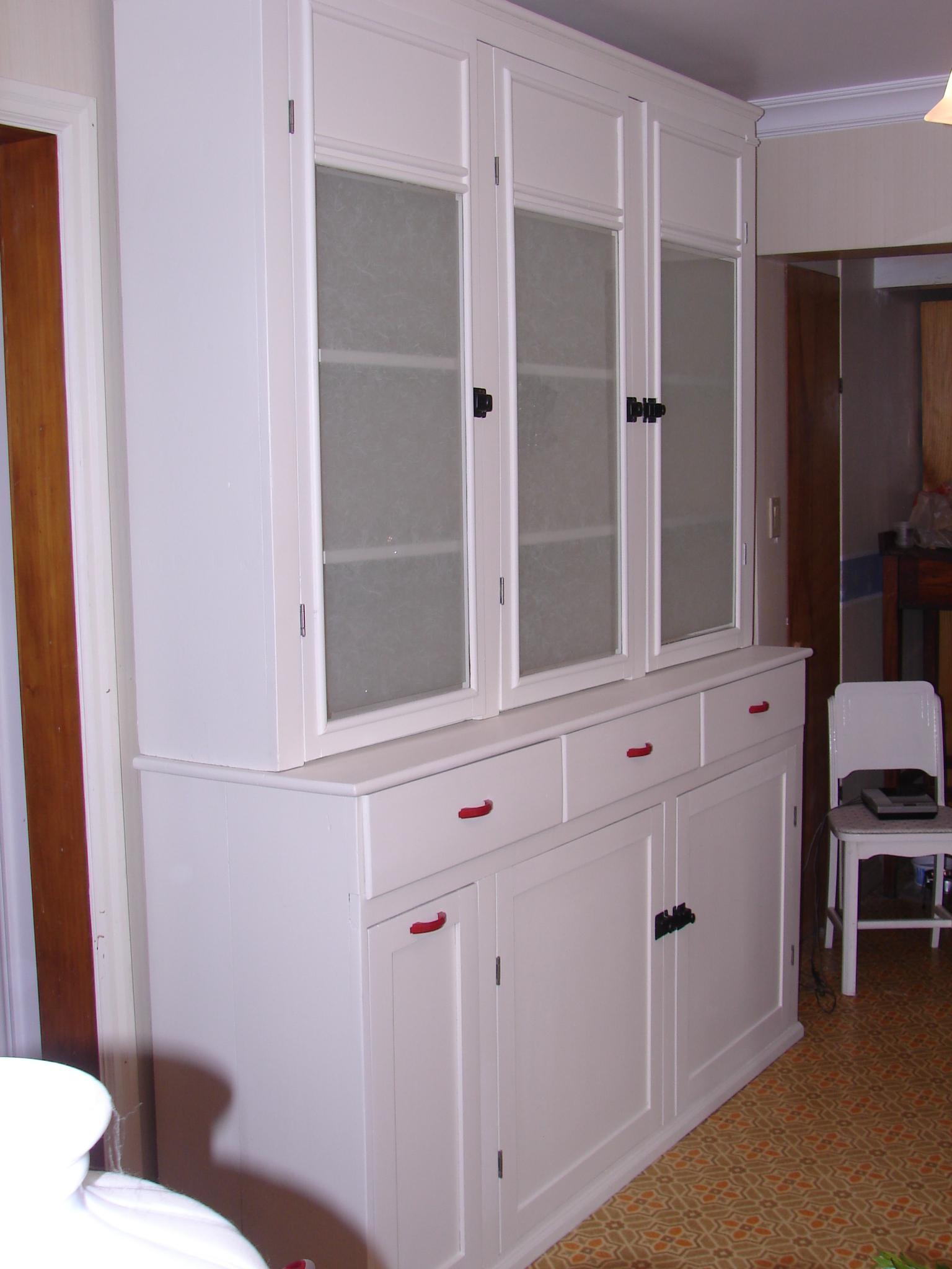Bowmanville Kitchen Cabinets